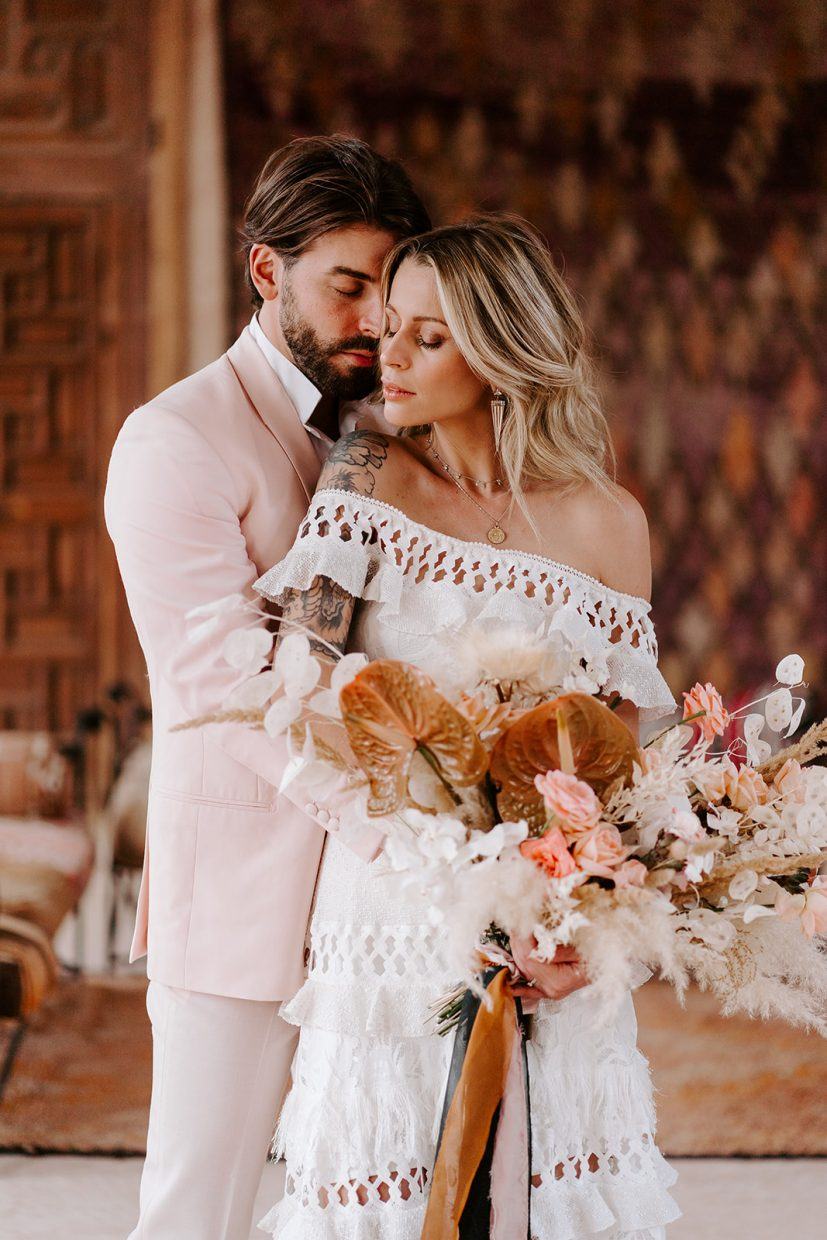 couples wedding portraits in grace loves lace dress at beldi country club marrakech