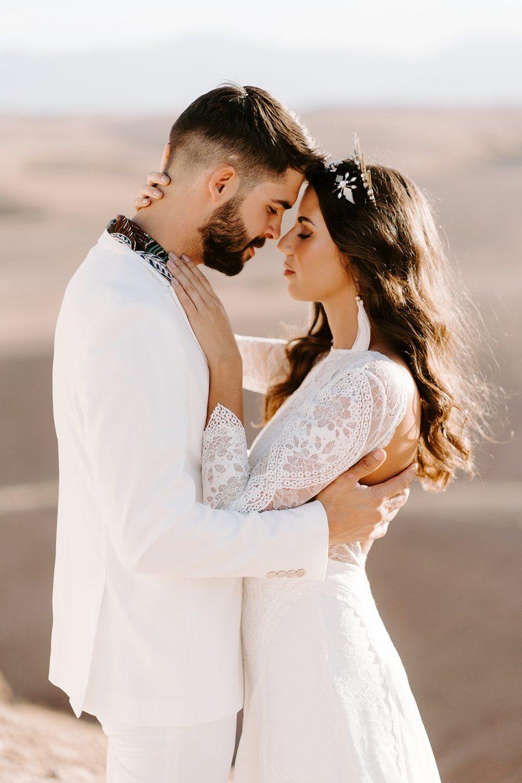 couplesl portraits boho elopement wedding in agafay desert marrakech