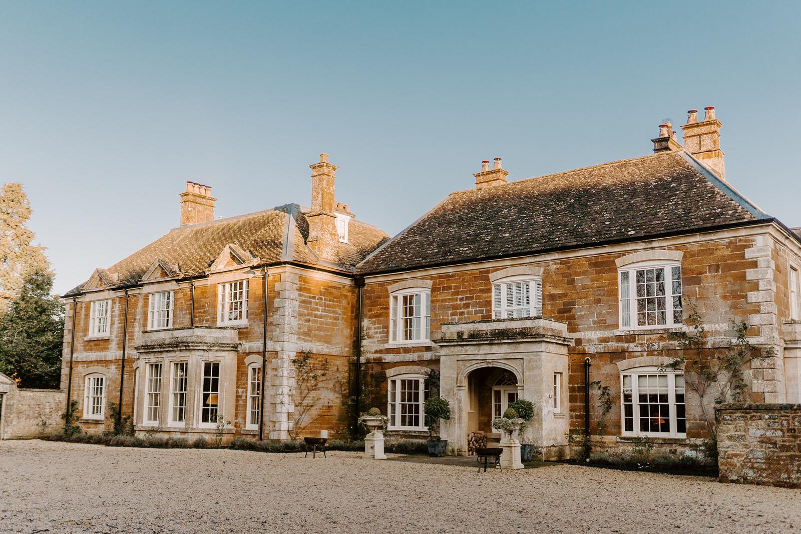 weddings at thorpe manor oxfordshire