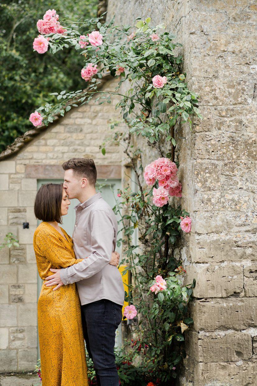 engagement couples shoot Bibury cotswolds