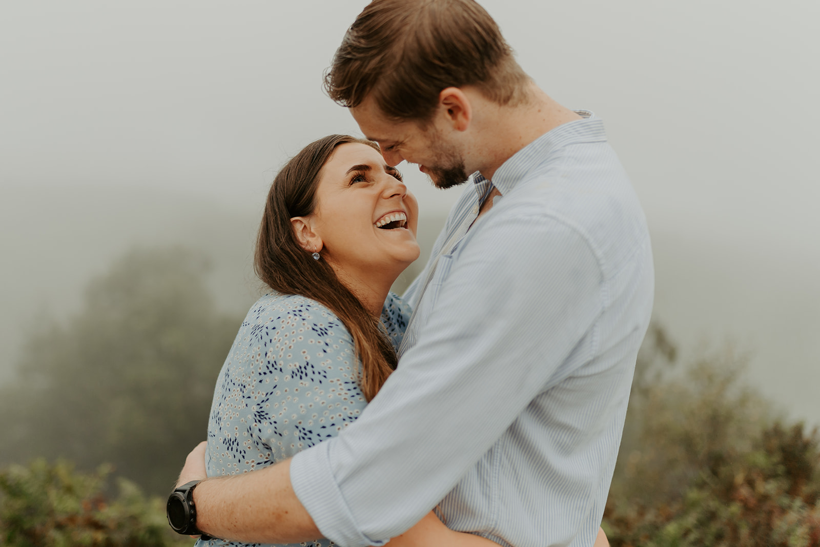 engagement-shoot-couples-session-outdoors-kinver-edge-dog